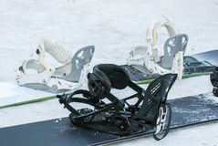 Snowboards na neve Imagem de Stock