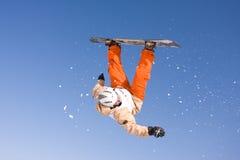 Snowborder del vuelo Foto de archivo libre de regalías
