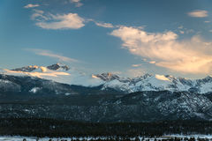 snowcapped berg Royaltyfria Bilder