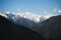Snowcapped bergen, Himalayagebergte, Uttarakhand, India Stock Foto