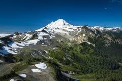 Snowcapped góra piekarz, Ptarmigan grań, stan washington Cascad Zdjęcie Stock