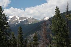 Snowcapped Skaliste góry Fotografia Stock