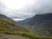 Snowdonia, beau Pays de Galles Pris du sommet de Snowdon Montagnes, crêtes, nuages image stock