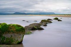 Snowdonia, uma vista da praia de Harlech Imagens de Stock