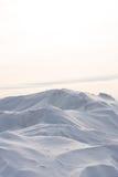 Snowdrift που απομονώνεται στο άσπρο υπόβαθρο για το σχέδιο Στοκ φωτογραφία με δικαίωμα ελεύθερης χρήσης