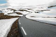 Snowfieldsväg i Norge Royaltyfria Foton