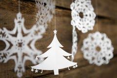 Snowflake διακοσμήσεων Χριστουγέννων, ένωση εγγράφου χριστουγεννιάτικων δέντρων Στοκ Φωτογραφία