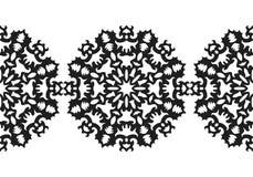 snowflake Reticolo senza giunte di natale Ornamento circolare, pizzo decorativo Illustrazione di vettore illustrazione di stock