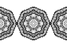 snowflake Reticolo senza giunte di natale Ornamento circolare, pizzo decorativo Illustrazione di vettore royalty illustrazione gratis