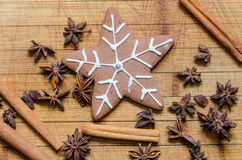 Snowflake shaped gingerbread cookie Royalty Free Stock Photography