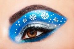 Snowflakes κοριτσιών ματιών makeover Στοκ φωτογραφίες με δικαίωμα ελεύθερης χρήσης