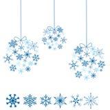 snowflakes σφαιρών Στοκ Εικόνες