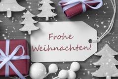 Snowflakes Frohe Weihnachten δώρων ετικετών σημαίνουν τη Χαρούμενα Χριστούγεννα Στοκ φωτογραφίες με δικαίωμα ελεύθερης χρήσης