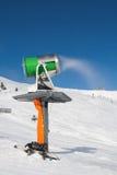 snowgun εργαζόμενος Στοκ εικόνες με δικαίωμα ελεύθερης χρήσης
