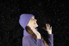 Snowing at night Royalty Free Stock Images