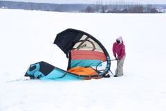 Snowkiter lizenzfreies stockfoto
