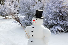 Snowman i snowen Arkivfoto