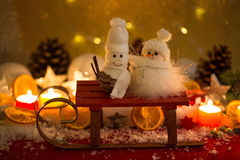 Snowmann和snowwoman,圣诞节,蜡烛ligt,星 库存照片