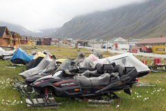 Snowmobiles in Longyearbyen, Svalbard Royalty Free Stock Photos