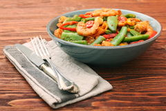 Snowpeas and shrimps salad Royalty Free Stock Image