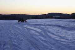 Snowscape με τα σημάδια ολισθήσεων στο χιόνι Στοκ φωτογραφία με δικαίωμα ελεύθερης χρήσης