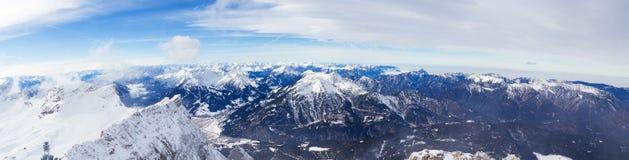 Snowscape-Alpen lizenzfreie stockbilder
