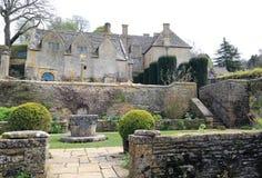 Snowshill säteri och trädgårdar royaltyfri bild