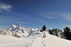 Snowshoeing en panadero del Mt Fotografía de archivo libre de regalías