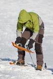 Snowshoeing in Karpatische bergen Stock Afbeeldingen