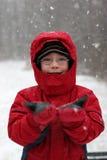snowstorm διασκέδασης αγοριών χιονώδες Στοκ φωτογραφίες με δικαίωμα ελεύθερης χρήσης