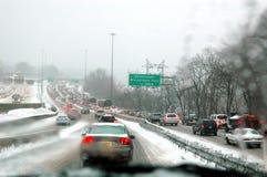 snowstormtrafik arkivfoto