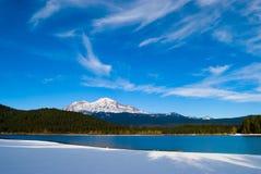 Snowy-Berg lizenzfreies stockbild