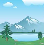 Snowy-Berg mit Wolken, See, Bäumen und Gras stock abbildung