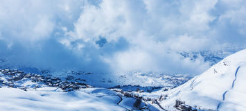 Snowy-Berge Stockfotos