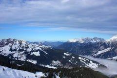 Snowy-Berge Stockfoto