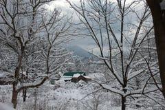 Snowy-Berghütte Stockfoto
