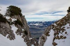Snowy-Berglandschaft Stockfotos