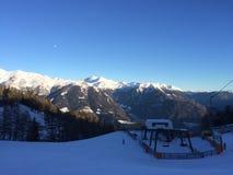 Snowy-Berglandschaft im vipiteno in trentino Alt die Etsch lizenzfreie stockfotografie