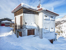 Snowy chalet Royalty Free Stock Photography