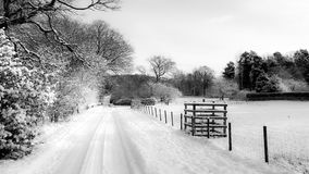 Snowy Country Lane in UK Royalty Free Stock Photos