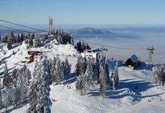 Snowy-Gebirgsoberseite Stockbild