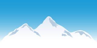 Snowy-Gebirgsspitzen Stockfotos