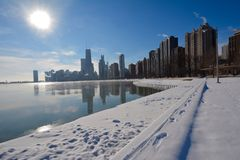 Snowy Lakefront Royalty Free Stock Photos