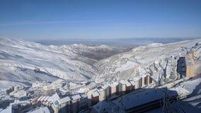 Snowy mantiene la valle immagine stock libera da diritti