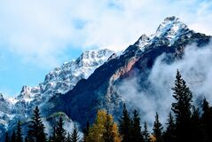 Snowy mountain peak Royalty Free Stock Image