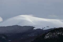 Snowy mountain in Pyrenees Royalty Free Stock Photos