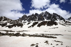 Snowy mountain at wind day Stock Images