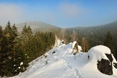 Snowy Mountains in fog Royalty Free Stock Photography