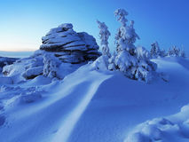 Snowy mountains before sunrise Stock Photography