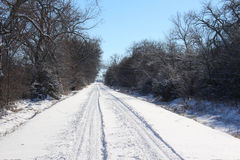 The snowy road Royalty Free Stock Photos